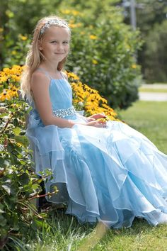 Blue Organza Special Occasion Dress Blue Organza Special Occasion Dress Janet Henderson young Ladies Model Caroline is beautiful in blue and all kinds of nbsp hellip Blue Dresses, Girls Dresses, Flower Girl Dresses, Beautiful Babies, Beautiful Dresses, Pink Princess, Special Occasion Dresses, Baby Dress, Female Models