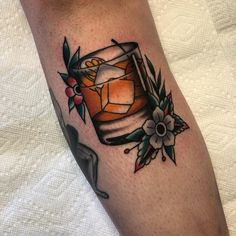 Old Fashioned Cocktail Tattoo Finger Tattoos, Leg Tattoos, Arm Tattoo, Sleeve Tattoos, Tattoo Ink, Old Style Tattoos, Shell Tattoos, Traditional Tattoo Old School, Traditional Tattoo Flash