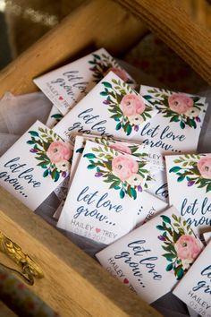 Summer Floral-Custom Seed Packets, Wedding Favors, Party Favors, Bridal Shower F. Seed Wedding Favors, Creative Wedding Favors, Inexpensive Wedding Favors, Elegant Wedding Favors, Wedding Gifts For Guests, Personalized Wedding Favors, Party Guests, Wedding Ideas, Wedding Souvenir