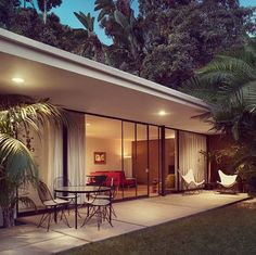 Hhillside bungalow at Chateau Marmont, West Hollywood, California