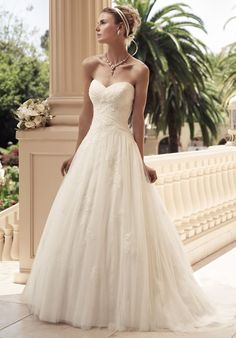 obsessed with Casablanca wedding dresses now!