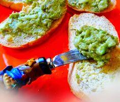 szminka w szpilkach: Avocado, zzieleniały tatar
