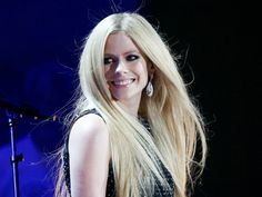 Avril Lavigne Returns To The Stage At 2015 Special Olympics