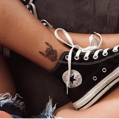 ideas for simple skull tattoos - - . - ideas for simple skull tattoos – – … – ide - Punk Tattoo, Grunge Tattoo, Tatto Skull, Neck Tatto, Small Skull Tattoo, Hipster Tattoo, Form Tattoo, Shape Tattoo, 1 Tattoo