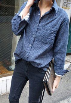Button down, denim & a leather clutch #fashion #style