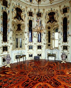 In the Round Chinese Room, Schonbrunn Palace, a hidden spiral staircase led the Empress to the State Chancellor and personal advisor, and here they held secret negotiations. A set table could be drawn from the floor and the dignitaries could dine without being bothered by the servants.