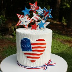 We Heart America- A July 4th Blog Tutorial from My Cake School ;0)