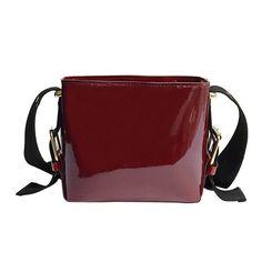 Tote Handbags, Cross Body Handbags, Patent Leather Handbags, Famous Brands, Leather Bag, Messenger Bag, Tote Bag, Crossbody Bags, Bucket