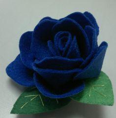 Felt Roses   •  Make a flowers