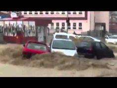 Ankara'da sel felaketi ! Araçlar sel sularına kapıldı !