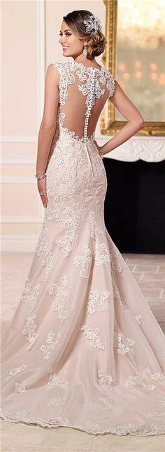 7471d277009d 24 najlepších obrázkov na nástenke svadobné šaty na Pintereste v ...