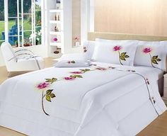 Decorate your bedroom so that it gives you pleasure each time you go into it. Bed Cover Design, Floral Bedspread, Fabric Paint Designs, Fabric Painting, Bed Covers, Bed Spreads, Luxury Bedding, Bed Sheets, Bedding Sets