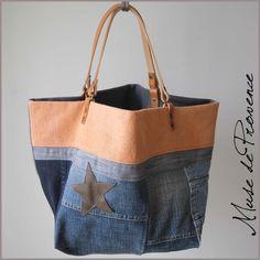 Sac cabas en patchwork de jeans TRAVAIL by www.musedeprovence.com Embroidery Purse, Denim Purse, Fabric Handbags, Denim Ideas, Handmade Purses, Recycled Denim, Cute Bags, Fashion Bags, Purses And Bags
