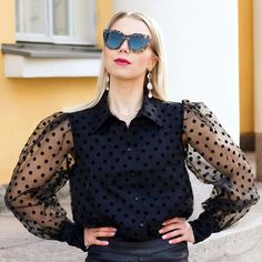 Puff-sleeves, Polka-dots, Sheer fabric Street Look, Street Style Looks, Accessorize Shoes, Good Color Combinations, Simple Shoes, Tommy Hilfiger Shoes, Puff Sleeves, Sheer Fabrics, Fashion Stylist