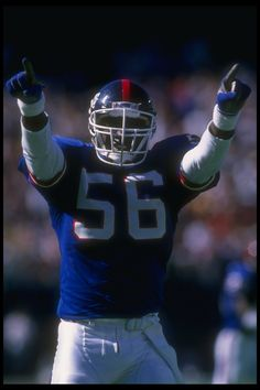 Autographed New York Giants Lawrence Taylor Fanatics Authentic x Hands Pointed Photograph American Football, Nfl Football, Football Helmets, School Football, Football Players, Lawrence Taylor, Phil Simms, Nfl Photos, Nfl New York Giants