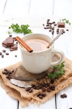 Coffee Break, Coffee Time, Café Chocolate, Coffee And Cigarettes, Sweet Tooth, Food And Drink, Dessert Recipes, Smoothie, Sweets