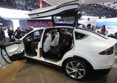 2016 Tesla Model X is a fully electric car