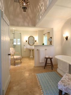Inside Reese Witherspoon's Ojai Estate - The Bathroom