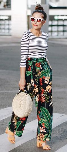 mixing prints summer outfit