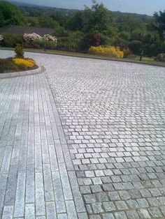 Cobble Granite Driveway Paving