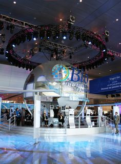 Trade Show & Event Solutions At Super Color Digital | Special event solutions, full wall solutions, trade show booth design, custom fabrication, custom design, custom extrusions, cnc routing, digital signage, led lighting, backlit solutions, branded graphics, exhibit design, science and technology branding, large format, visual solutions