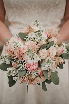 Chic Wedding, Wedding Ceremony, Our Wedding, Dream Wedding, Wedding Bouquets, Wedding Flowers, Marriage Dress, Ceremony Dresses, Wedding Planning