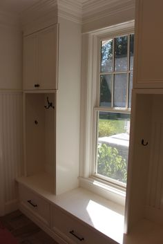 For the Home Mudroom Lockers The formal arrangement is likely to look too stiff; Mudroom Cubbies, Mudroom Laundry Room, Mudroom Cabinets, Custom Home Plans, Custom Homes, Corner Bench Seating, Banquette Bench, Laundy Room, Old Kitchen Cabinets