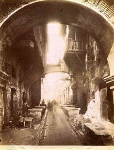 1870/80 autore non identificato . Ghetto, Vista di via della Pescheria