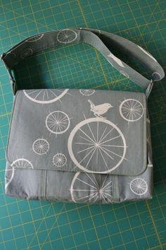 Messenger Bag Tutorial | no time to sew