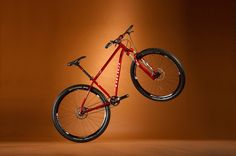 The Niner SI. 9 promises to be a popular offering. Mountain Bike Reviews, Mountain Biking, Bike Magazine, Bicycle, Vehicles, Popular, Sports, Cafes, Hs Sports