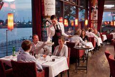 Restaurants Mit Elbblick Carls Brasserie An Der Elbphilharmonie