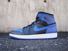 Air Jordan Retro 1  Royal Blue