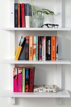Ellos Home Hylla Pocket 799 kr Bookcase, New Homes, Shelves, Inspiration, Home Decor, Vit, Biblical Inspiration, Shelving, Decoration Home