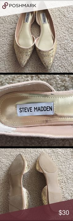 Steve Madden NWT Gold Flats NWT I love these but they are too tight for me. I'm a typical 7.5 and these feel more like a 7 in my opinion. Steve Madden Shoes Flats & Loafers
