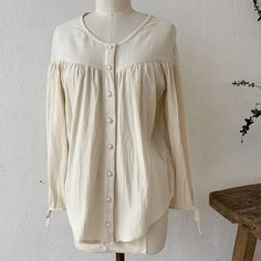 Sweet Pearl Button Peasant Top Summer Blouses, Peasant Tops, Hue, Buttons, Pearls, Sweet, Sleeves, Clothes, Beauty