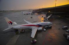 Night Flight - Kualu Lumpur International Airport