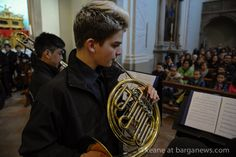 An extremely interesting musical morning this Sunday in Barga as a school orchestra from London were in the city playing a short concert in the S.S Annunziata in Barga Vecchia. The orchestra from the Highbury Grove School has been making news recently as they are the physical proof of an ambitious project in a school […]