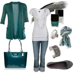 Total Rachel style: jeans, T-shirt, jersey material cardigan, scarf, & flats.