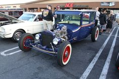 """Cool fenderless, UNCHOPPED Tudor from this weeks """"Westcoast Eastwood"""" Report."""