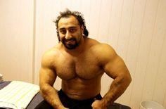 Zahir #Khudayarov - ostry #trening klatki piersiowej.  http://cda.pl/somatodrol - kulturystyka online #kulturyści #workout #training #gym #siłownia #ćwiczenia #masa mięśniowa