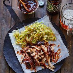 ESSEN & TRINKEN - Pulled Chicken mit Spitzkohl-Slaw Rezept