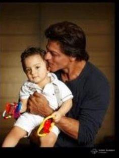 SRK tweets photo of baby AbRam Khan   PINKVILLA