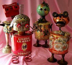 Will Wagenaar's metal assemblage art Etsy Recycled Robot, Recycled Art, Repurposed, Arte Robot, Robot Art, Robots, Magazine Collage, Found Object Art, Found Art