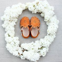 Handmade leather baby & toddler sandals  adelisaandco.com