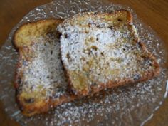 WENTELTEEFJES (French Toast the Dutch way) - Do not throw away any old bread, this is what I do with it. Food N, Food And Drink, Typical Dutch Food, Just Pies, Dutch Recipes, German Recipes, Breakfast Specials, How Sweet Eats, Other Recipes