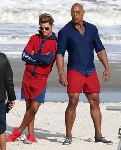 Dwayne Johnson Photos - Stars on the Set of 'Baywatch' - Zimbio
