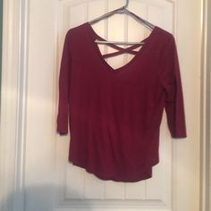 Cross backed quarter length shirt Great condition American Eagle Outfitters Tops Blouses