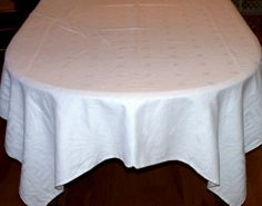 Pack of 2 White Damask Banquet Roll