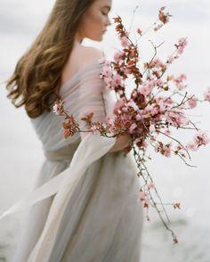 (Source: romantique-rose via a-sprinkle-of-pretty) (Source: romantique-rose via a-sprinkle-of-pretty) The post (Source: romantique-rose via a-sprinkle-of-pretty) appeared first on Ohrringe ideen. Wedding Shoot, Boho Wedding, Destination Wedding, Wedding Designs, Wedding Styles, Wedding Bouquets, Wedding Flowers, Cherry Blossom Wedding, Cherry Blossom Bouquet