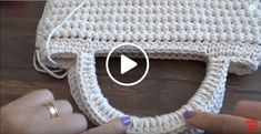 Diy Crafts - embroidery,learn-Best 9 close knit, embroidery, learn to knit videotutorial wirecrochet handembroidery Free Crochet Bag, Crochet Tote, Crochet Scarves, Crochet Stitches, Crochet Baby, Chrochet, Learn Embroidery, Hand Embroidery, Crochet Designs